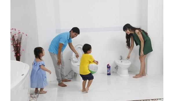 Những cách phòng chống côn trùng trong nhà vệ sinh